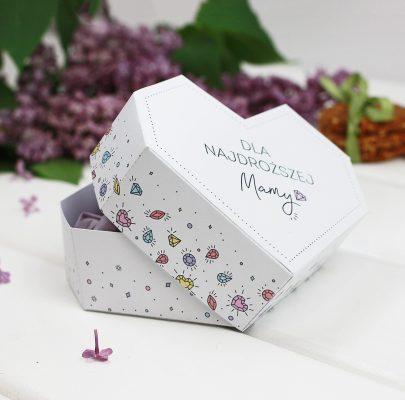 Prezent na Dzień Mamy – pudełka w kształcie serca