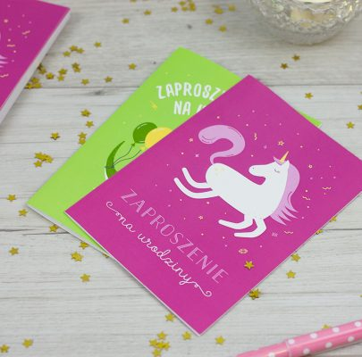 Zaproszenia na urodziny do druku: z jednorożcem + z dinozaurem! (po 2 opcje kolorystyczne)