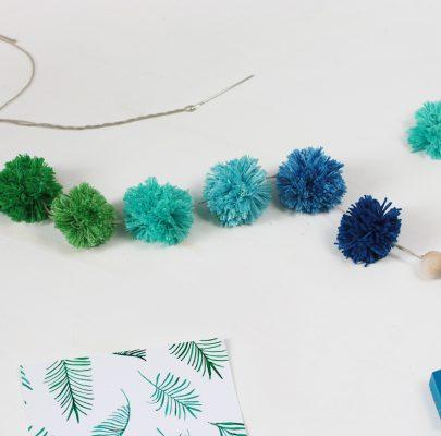 Dekoracja z pomponów w stylu ombre: szybkie i proste DIY