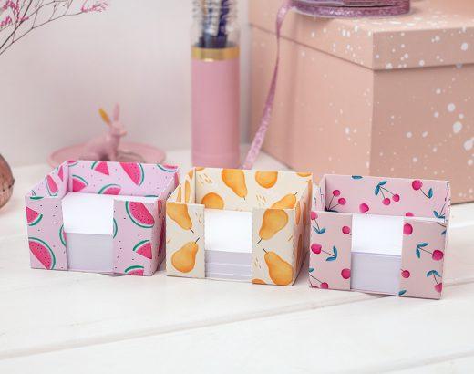 Kubik – pudełko na karteczki do złożenia / w wisienki, arbuzy i gruszki