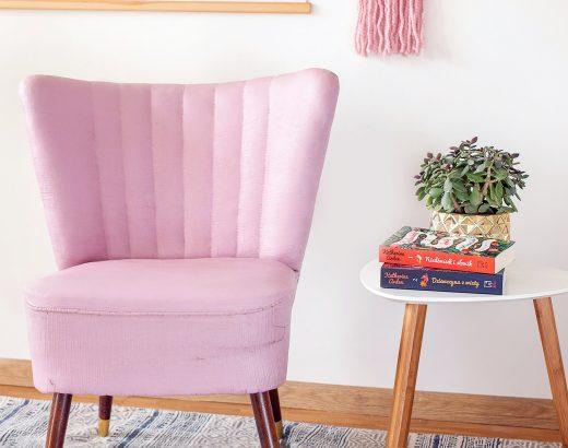 Fotel malowany farbą kredową – tapicerka rok po użytkowaniu